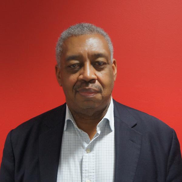 Dr Gordon Bowen